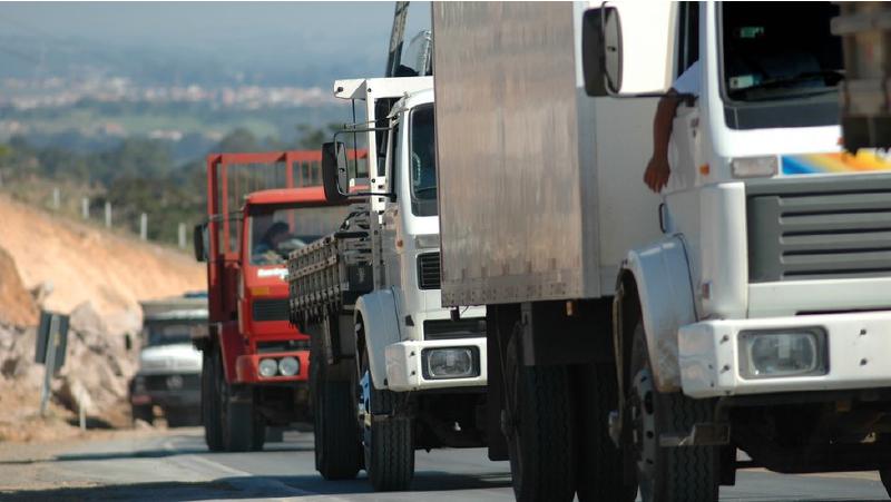 Greve de caminhoneiros poderá ocorrer no dia 7 de setembro